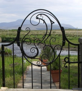 john-hogan-hand-forged-ironwork-georgian-art-nouveau-gates-blacksmith-mayo-ireland-gates-2-33