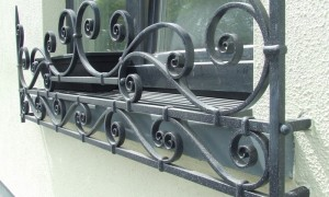 logo-john-hogan-hand-forged-ironwork-georgian-art-nouveau-gates-blacksmith-mayo-ireland-gallery-garden4